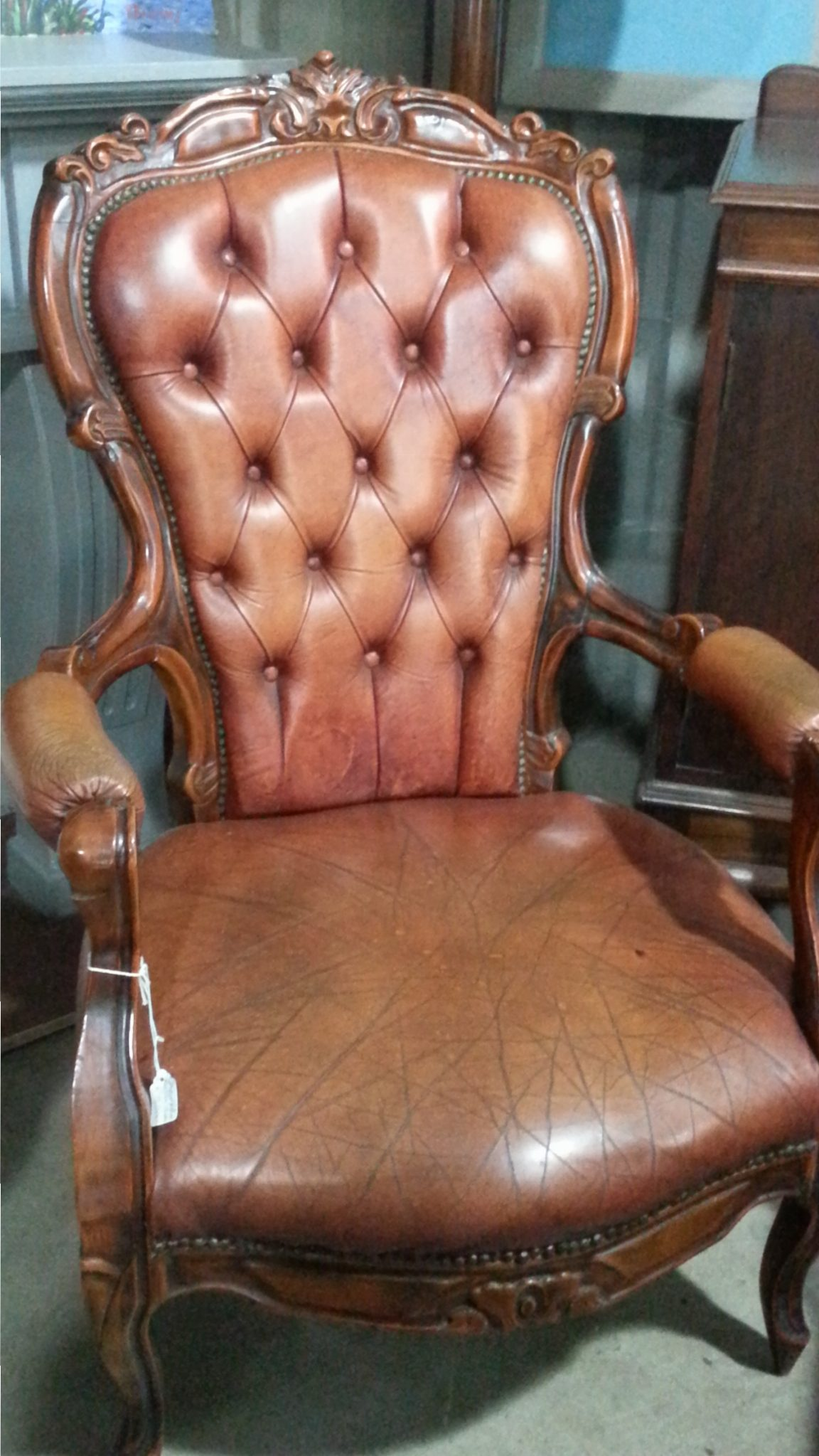 De Mont Aged Furniture & Collectibles