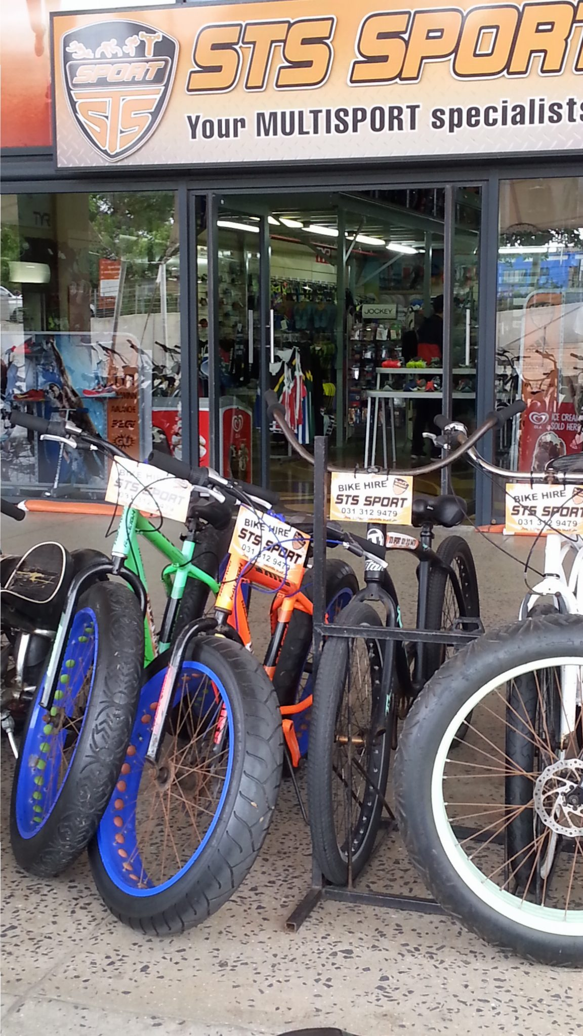 STS Sport Bike Hire for The Golden Mile