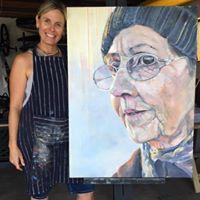 Kim Pereira Art- Artist in studio